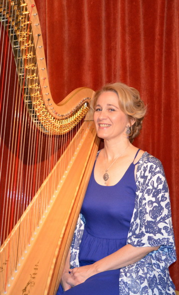 Isabelle Frouvelle, harp
